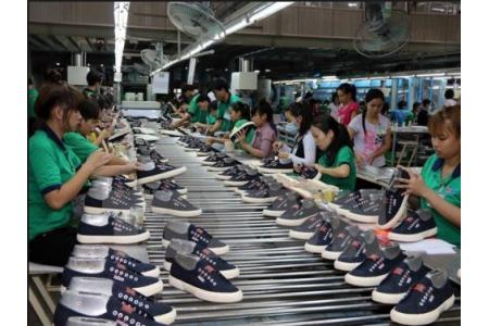 Tai sao cần sử dụng máy hút ẩm công nghiệp cho ngành da giầy